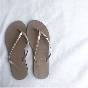 Havaianas women's light tan and gold sandals 9.5